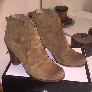 Western Leather Distressed Bootie